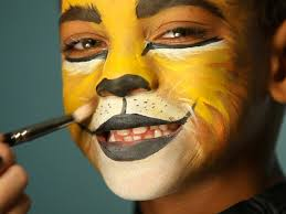 pirate halloween makeup ideas kid u0027s halloween makeup tutorial lion hgtv