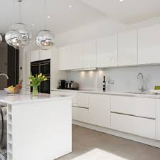 white contemporary kitchen cabinets gloss high gloss white kitchen houzz
