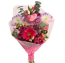 floral bouquets hugos flower shop