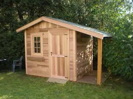 petit chalet de jardin pas cher petit cabanon en bois pas cher abri de jardin bois moins de 5m2