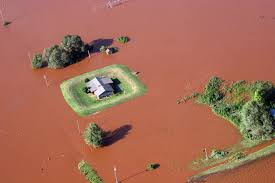 File:FEMA - 31963 - Aerial of farm surrounded by muddy water.jpg