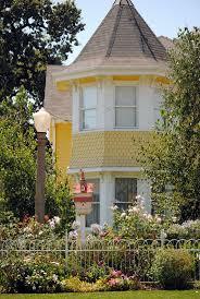 532 best yellow house love images on pinterest yellow cottage