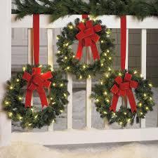 outdoor christmas decorations ideas porch ne wall