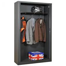 meuble penderie chambre une armoire métallique pour votre chambre armoire plus