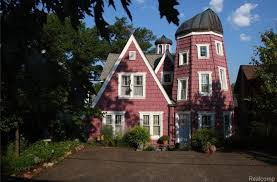 house with tower house of the week bellevue island victorian with 2 towers