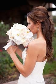 bridal hair for oval faces half up half down wedding hair image via confetti day dreams