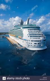 royal carribean the royal caribbean ship mariner of the seas docked in cozumel