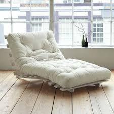 wohnzimmer liege relaxliegen der traum einem perfekten zuhause geht in erfüllung