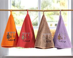 serviette cuisine essuie mains rond cuisine becquet idées cadeau