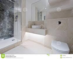 salle de bain luxe emejing salle de bain de luxe en marbre images bikeparty us