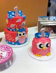 owl birthday cakes teki 25 den fazla en iyi owl smash cakes fikri baykuş