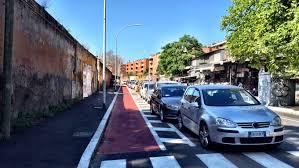 porta portese auto usate roma roma fa schifo miracolo una pista ciclabile quasi europea a