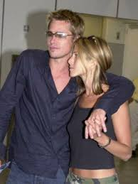 jennifer aniston hairstyle 2001 jen s huge ears dare you to post a pic showing her ears female