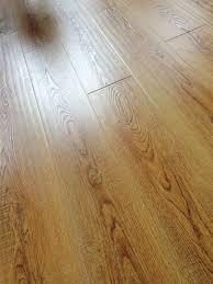 oak handscraped wirebrushed laminate flooring kelowna