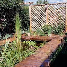 Garden With Trellis 12 Diy Trellis Designs For Privacy