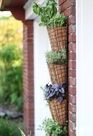 Diy Vertical Wall Garden Diy Vertical Herb Garden