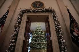 White House Christmas Decorations Photos photos white house christmas decorations unveiled for 2016 season