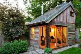 tiny cabin homes 16 tiny houses you wish you could live in prettyloops pinterest