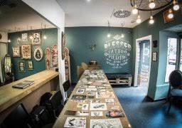 tattoo studio interior viskas apie interjerą