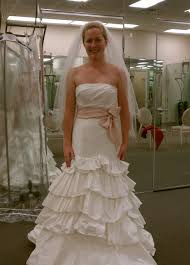 wedding dresses without straps anybody with a wedding dress without boning weddingbee