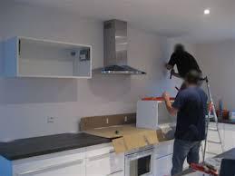 comment fixer meuble haut cuisine ikea marvelous fixation meuble haut cuisine placo 4 meuble cuisine