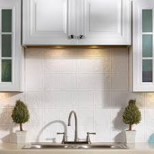 Backsplash In White Kitchen Fasade 24 In X 18 In Traditional 1 Pvc Decorative Backsplash