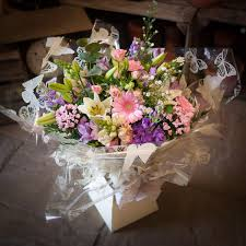 cottage garden flowers pink mauve u0026 cream hand tied the cottage garden flower shop