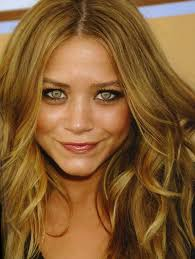 Caramel Hair Color With Honey Blonde Highlights Hair Colour Honey Blonde Hairstyle Picture Magz