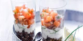 cuisine verrine verrines de tartare de saumon au quinoa noir recettes femme actuelle