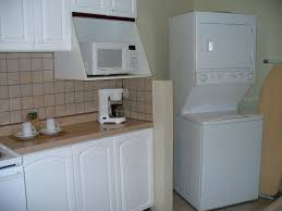 waschmaschine in küche küche mit waschmaschine trockner mikrowelle hotel casa conde in