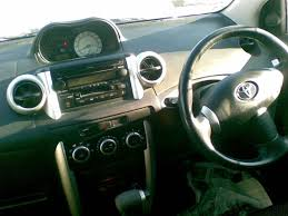 2002 toyota ist pictures