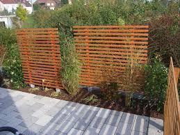 Gartensitzplatz Selber Bauen Sichtschutz Holz Modern Möbelideen