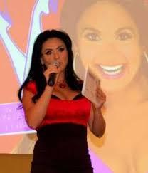 Penelope Doce Corazones - menchaca regresa con sus 12 corazones ahora con comediantes