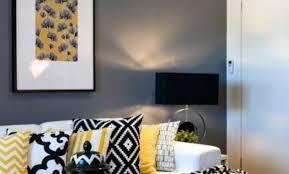 deco chambre jaune et gris deco chambre gris et jaune trendy chambres bb garon ikea poubelle