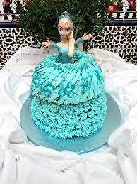 tarta vestido de muñeca frozen olor a hierbabuena