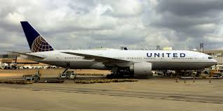 united airlines bag fee united airlines charges soldier 200 bag fee video opposing views