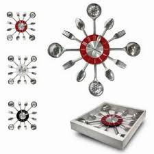 horloge cuisine design pendule horloge inox murale cuisine design deco fourchette c