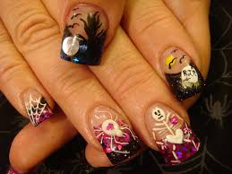 nailove2807 disney themed halloween nails mickey minnie 268 best 100 halloween inspired nail art polish off your costume