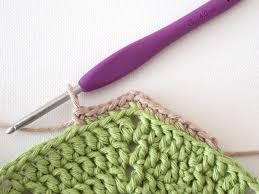 Crochet Table Runner Pattern Crochet A Beautiful Hexagon Table Runner