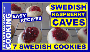 how to make easy swedish raspberry cave cookies hallongrottor
