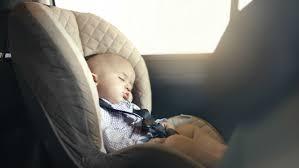 siege auto nourrisson yvelines énervé par un contrôle de un papa pose bébé
