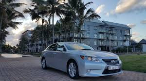 lexus es 250 vs bmw 320i the luxury lexus es 250 u2013 sa buyers guide com