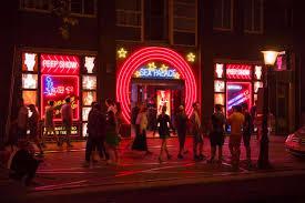 amsterdam red light district prices amsterdam strict new rules for red light district viva lifestyle