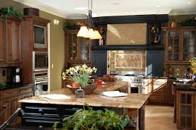 what color cabinets with beige tile 52 kitchens with wood or black kitchen cabinets