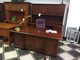 Office Desk Credenza Showroom Model Desks Okc Office Furniture Okc Office Furniture