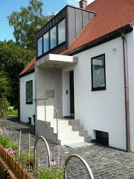 Garageneinfahrt Am Hang Neugestaltung Hauseingang Vordach Windfang Mit Kronoplan