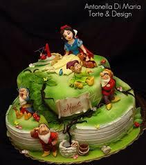 splendid snow white cake snow white cake white cakes and snow white