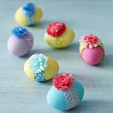 Decorate Easter Eggs Cute Pastel Easter Eggs With Flowers Easter Egg Decorating Ideas