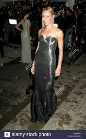 sheryl crow wearing ralph lauren at arrivals for costume