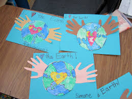 how to make writing paper teacher bits and bobs earth day fun and freebies here are the dimensions if you would like to make them with your class along with writing paper and the earth template for your kids to color and cut out